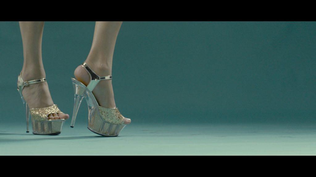 metro_shoes_2_1920x1080